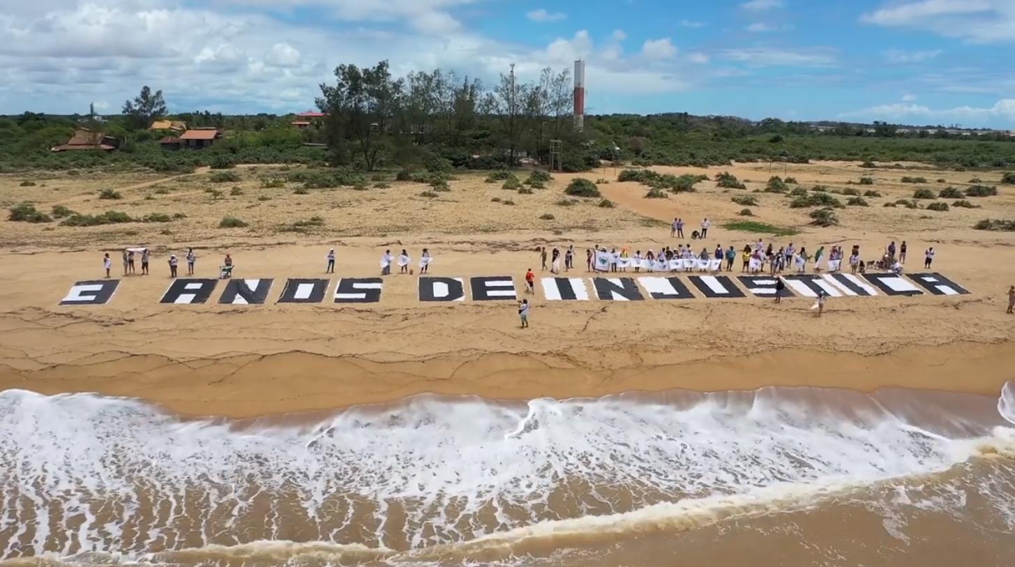 """Les participants à la marche dénoncent """"trois ans d'injustice"""". Capture d'écran d'une vidéo publiée sur la page Facebook du """"Movimento dos Atingidos por Barragens (MAB)""""."""