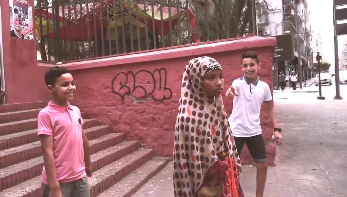 فيديو يروي معناة مهاجرة تعيش في الجزائر